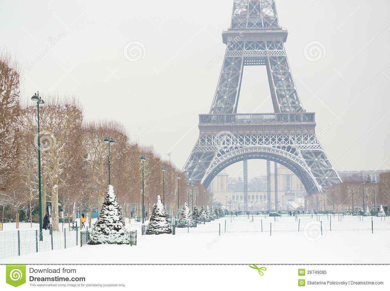 Eiffel Tower At Winter Royalty Free Stock Photo - Image: 28749085