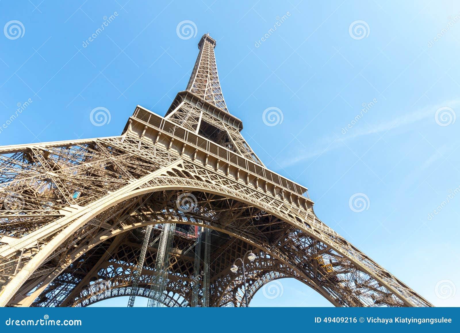 Download Eiffelturm-Paris-Sommer stockfoto. Bild von architektur - 49409216