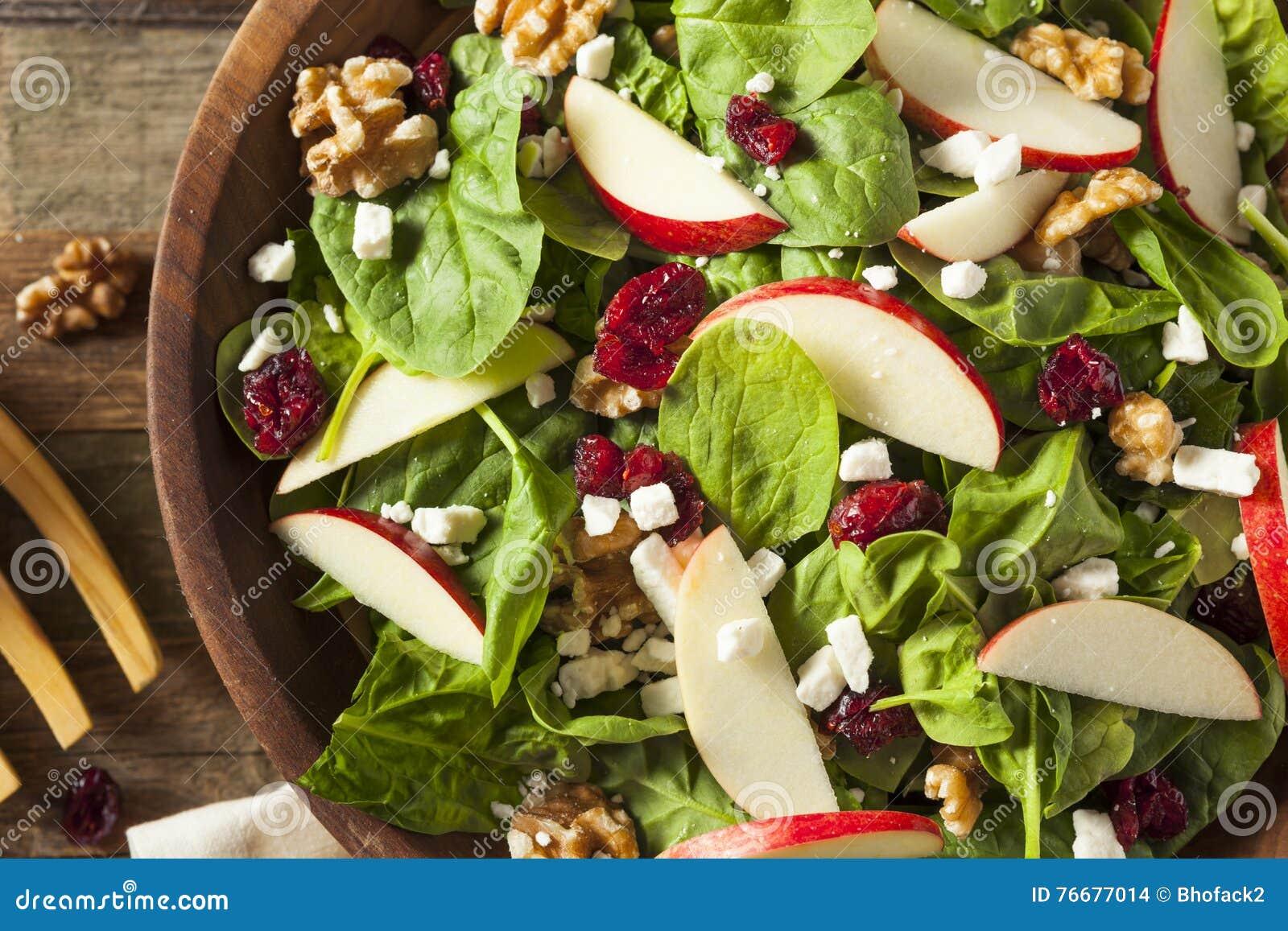 Eigengemaakt Autumn Apple Walnut Spinach Salad