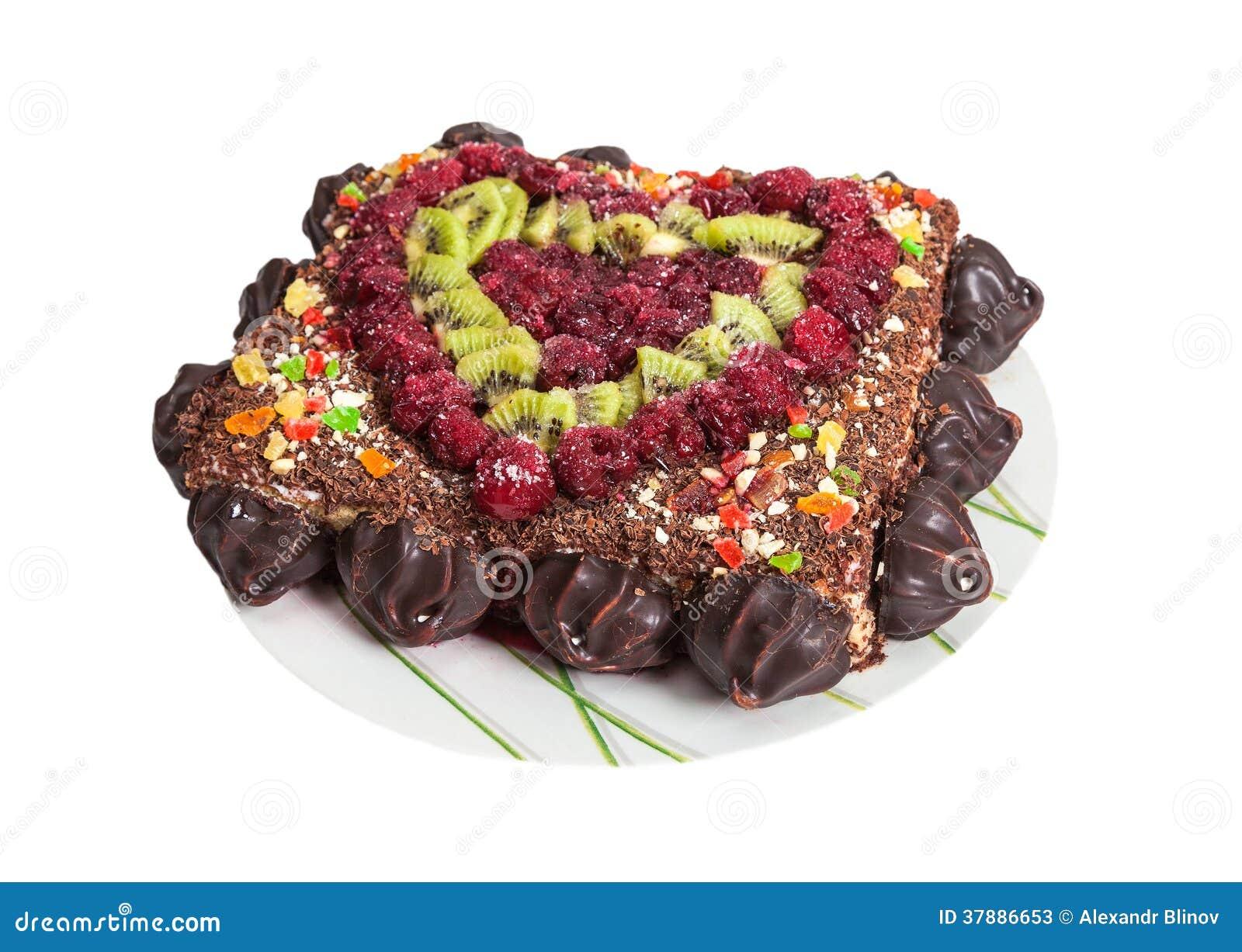 Eigengemaakte cake met vruchten