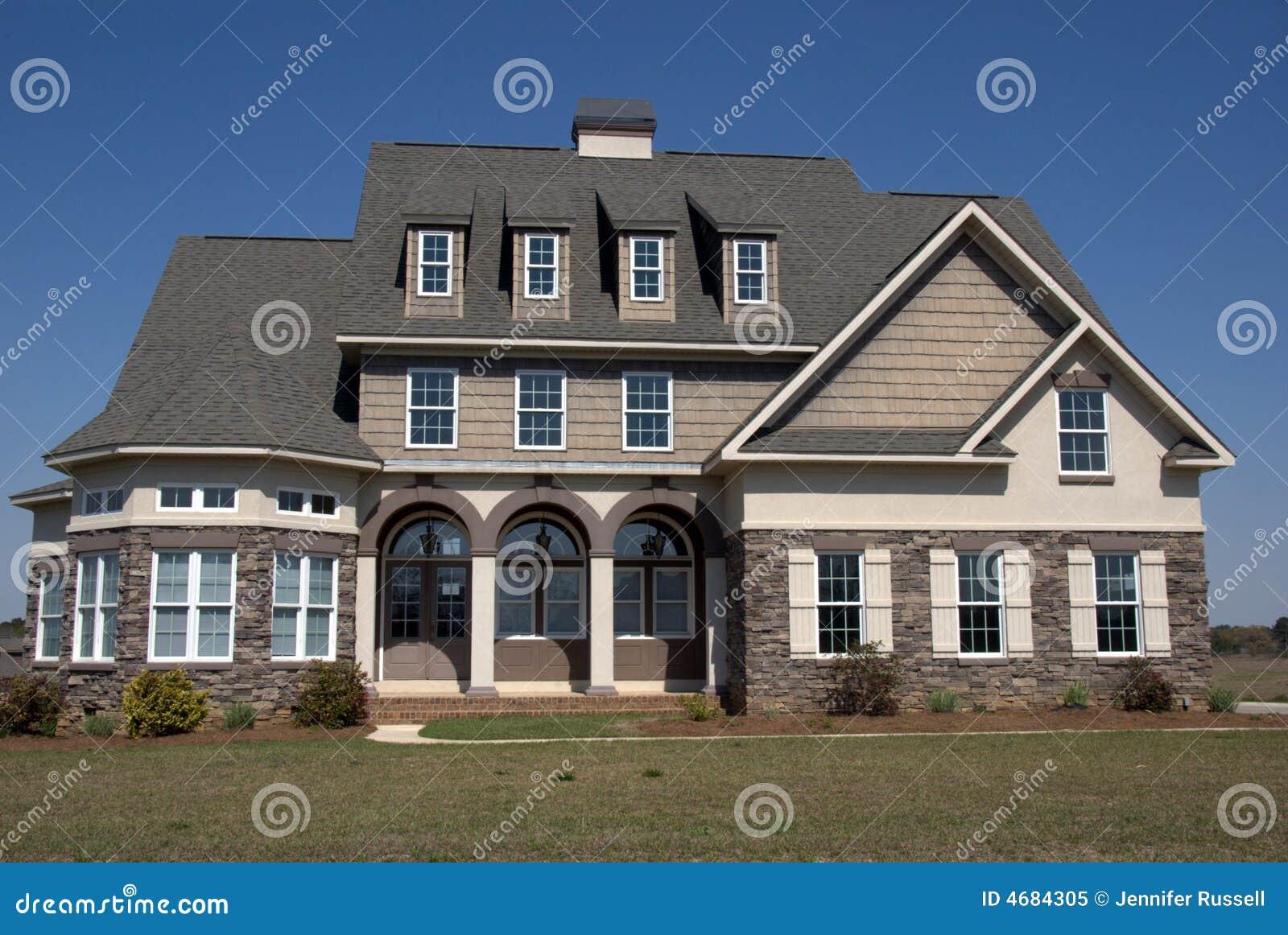 Eigentijds huis stock afbeelding afbeelding bestaande uit echt