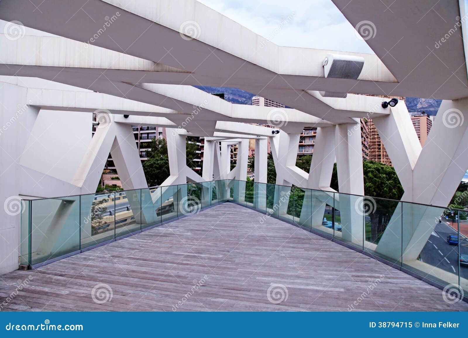 Eigentijds terras met stadsmening stock afbeelding afbeelding