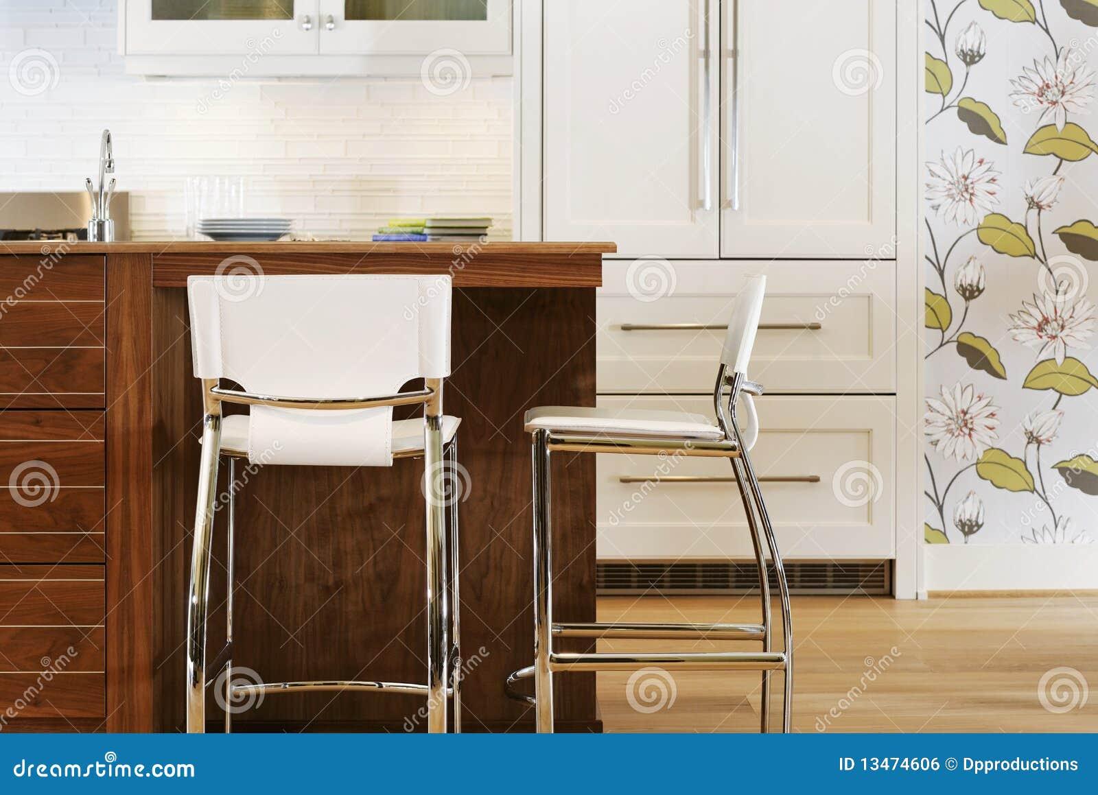 Eigentijdse keuken royalty vrije stock afbeelding afbeelding 13474606 - Foto eigentijdse keuken ...