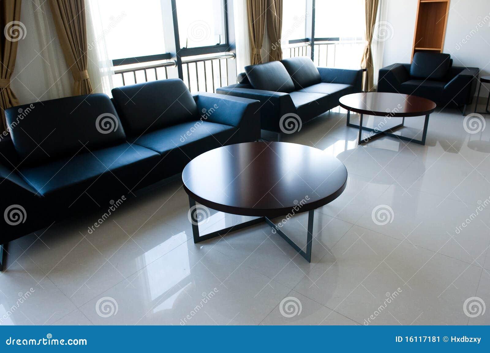 Eigentijdse zitkamer stock afbeelding afbeelding bestaande uit eigentijds 16117181 - Eigentijdse bank ...