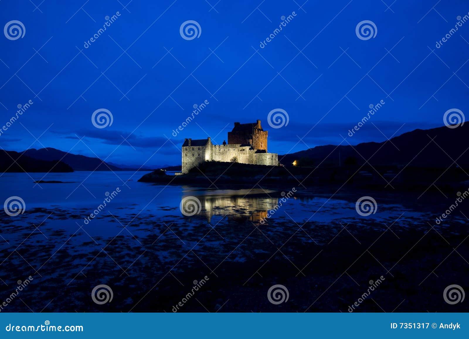 Eilean Donan Schloss, Loch Duich, Schottland Stockbild - Bild von ...