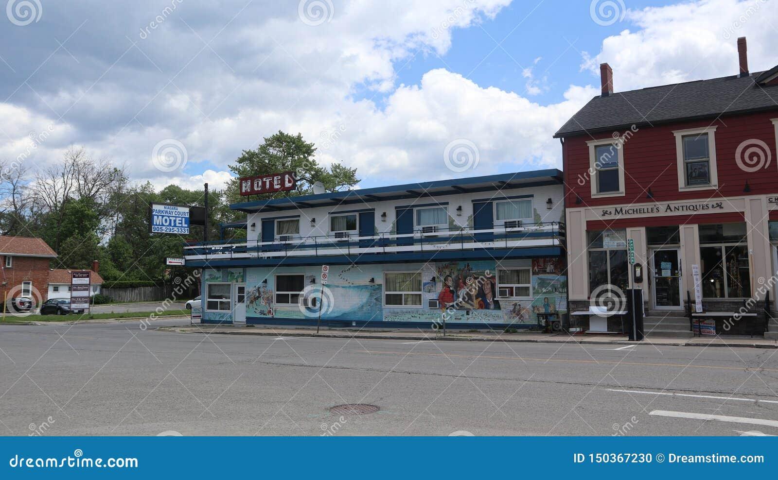 Ein Blick auf ein kleines Motel