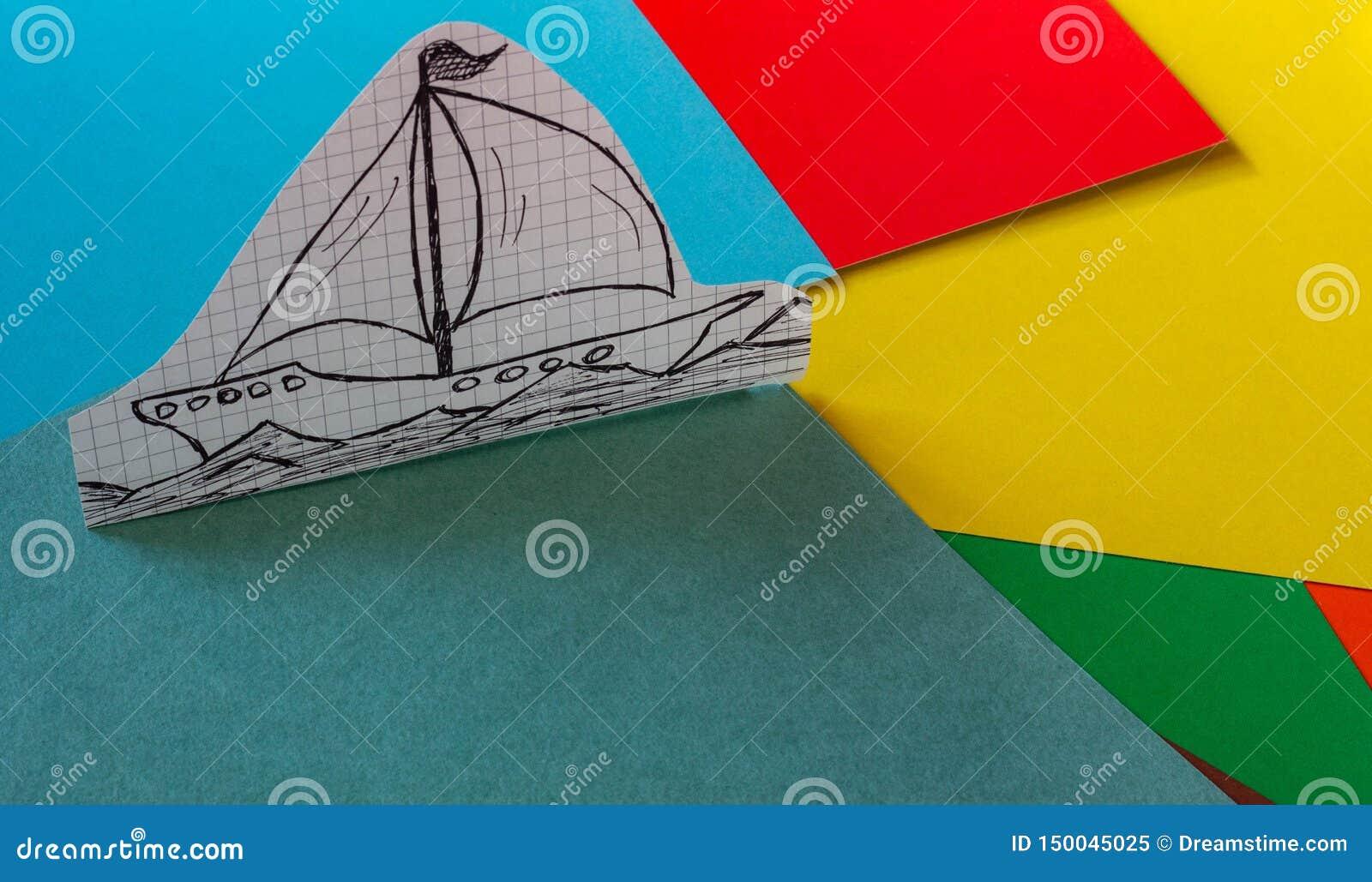 Ein einfaches Schiff gezeichnet auf Papierstände auf einer mehrfarbigen Pappe