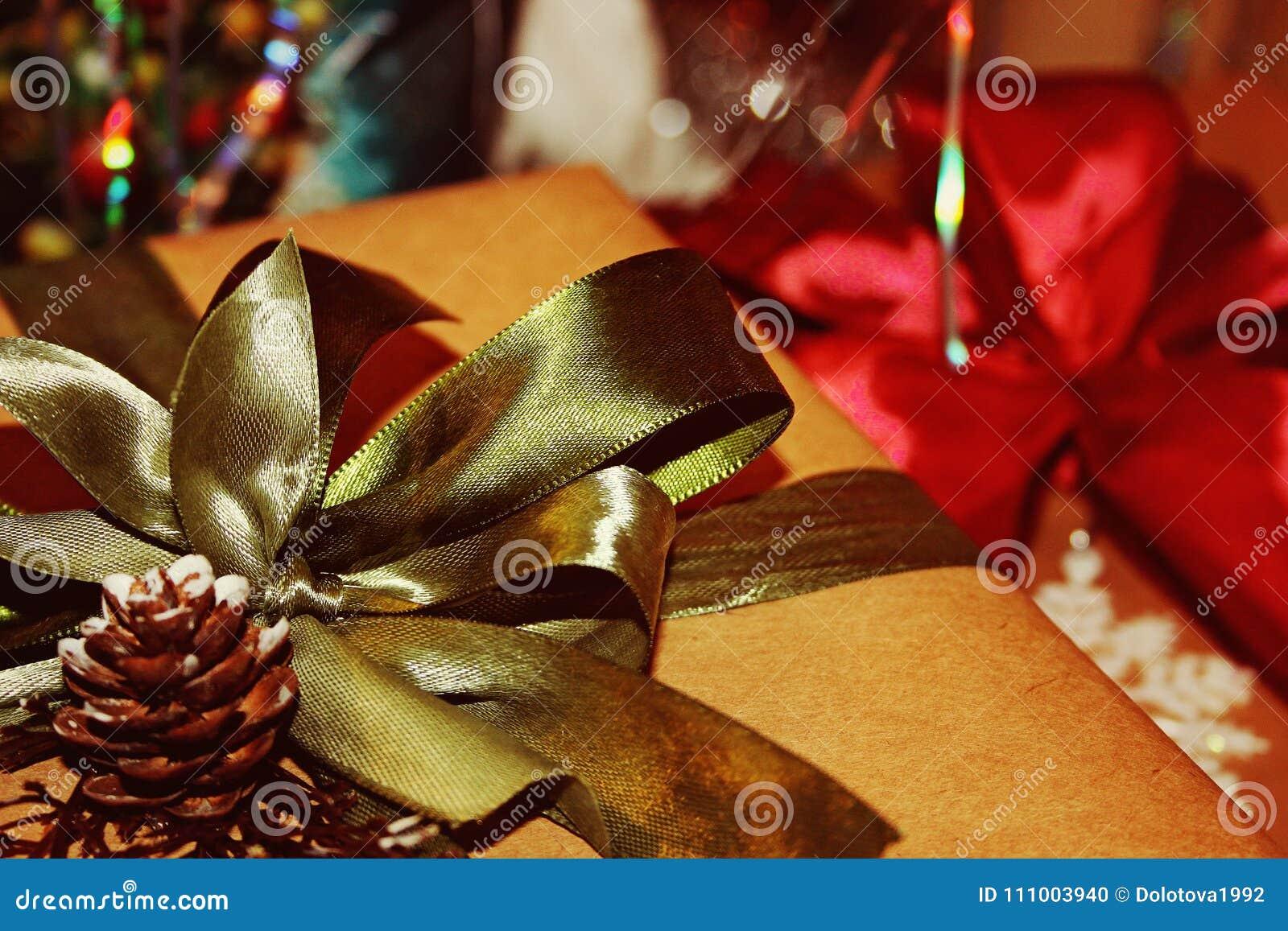 Ein Geschenk Für Das Neue Jahr Oder Das Weihnachten Oder Irgendein ...