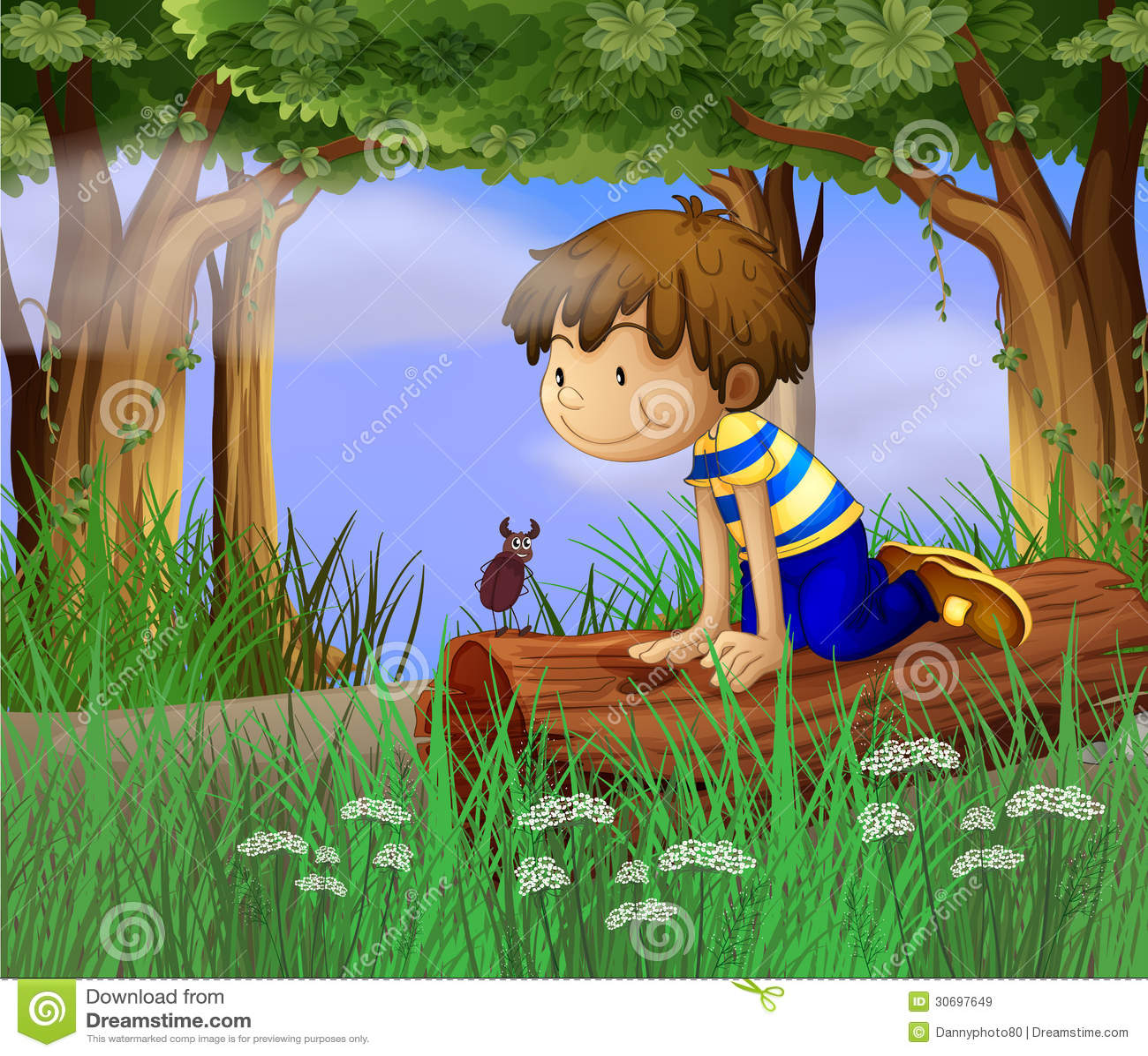 Ein Junge, der ein Insekt aufpasst