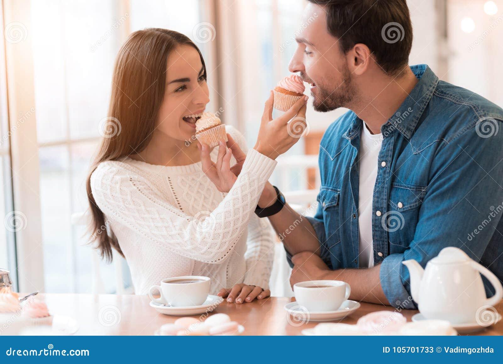 Lustige Profilsie für Dating-Website