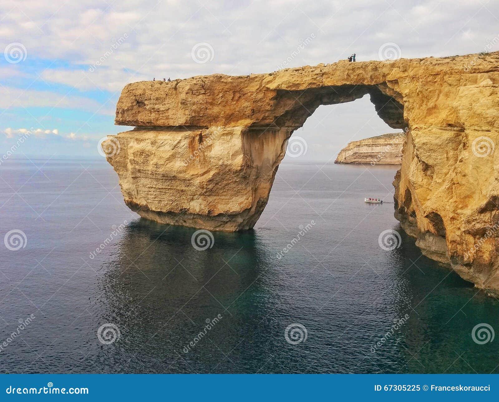 Ein Offenes Fenster Auf Dem Meer Stockbild - Bild: 67305225