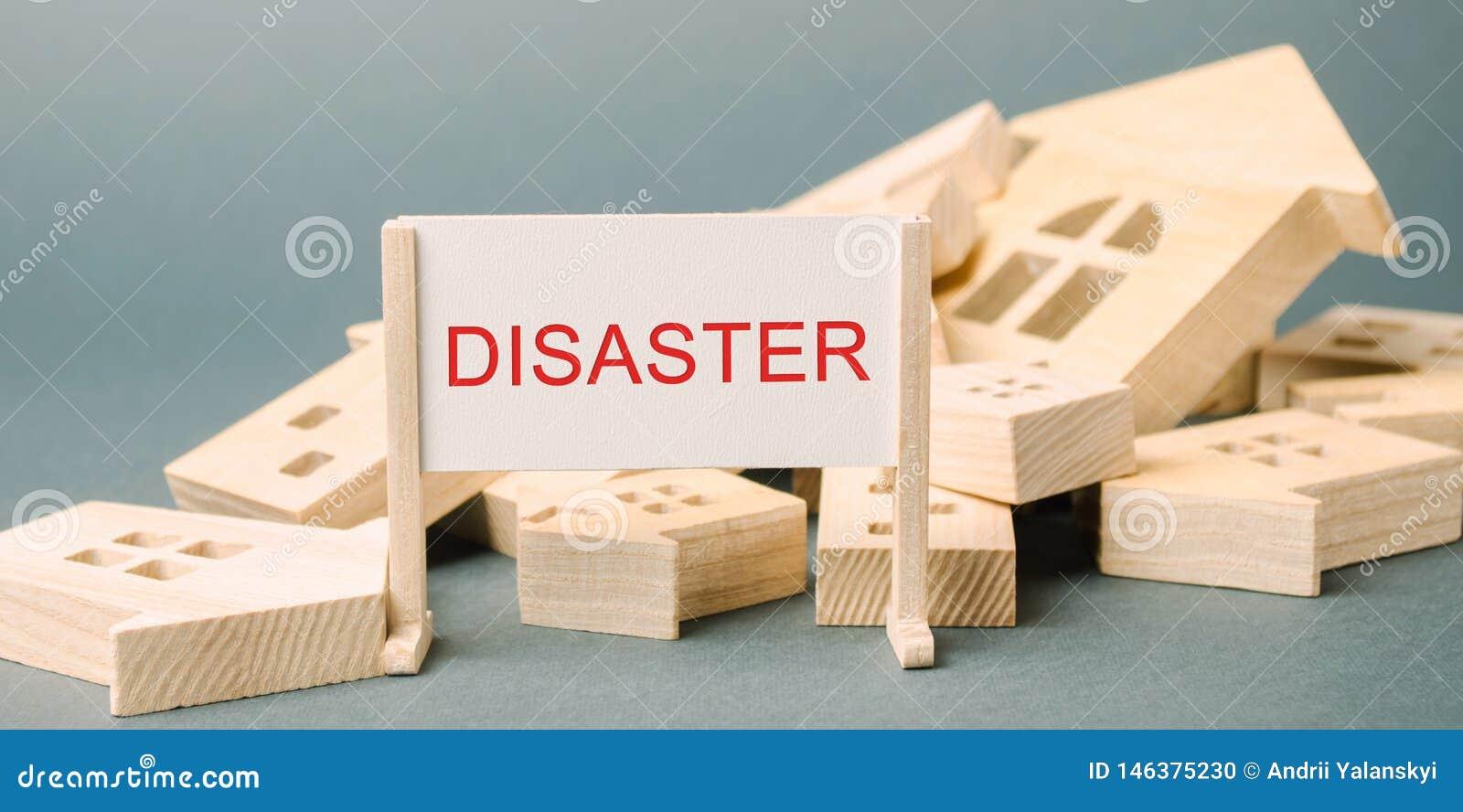 Ein Plakat mit dem Aufschrift Unfall und den gefallenen Holzhäusern Dringende Evakuierung von Leuten hurrikan sturm Feuer Explosi
