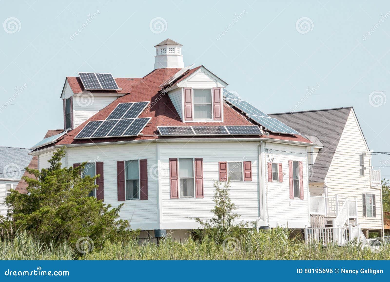 Ein Rundes Haus Durch Das Ufer In Delaware Stockfoto Bild Von