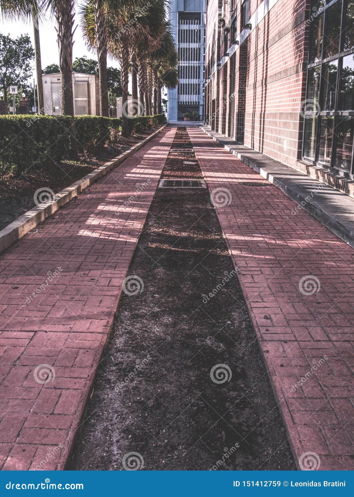 Ein Seitenweg im Stadtzentrum