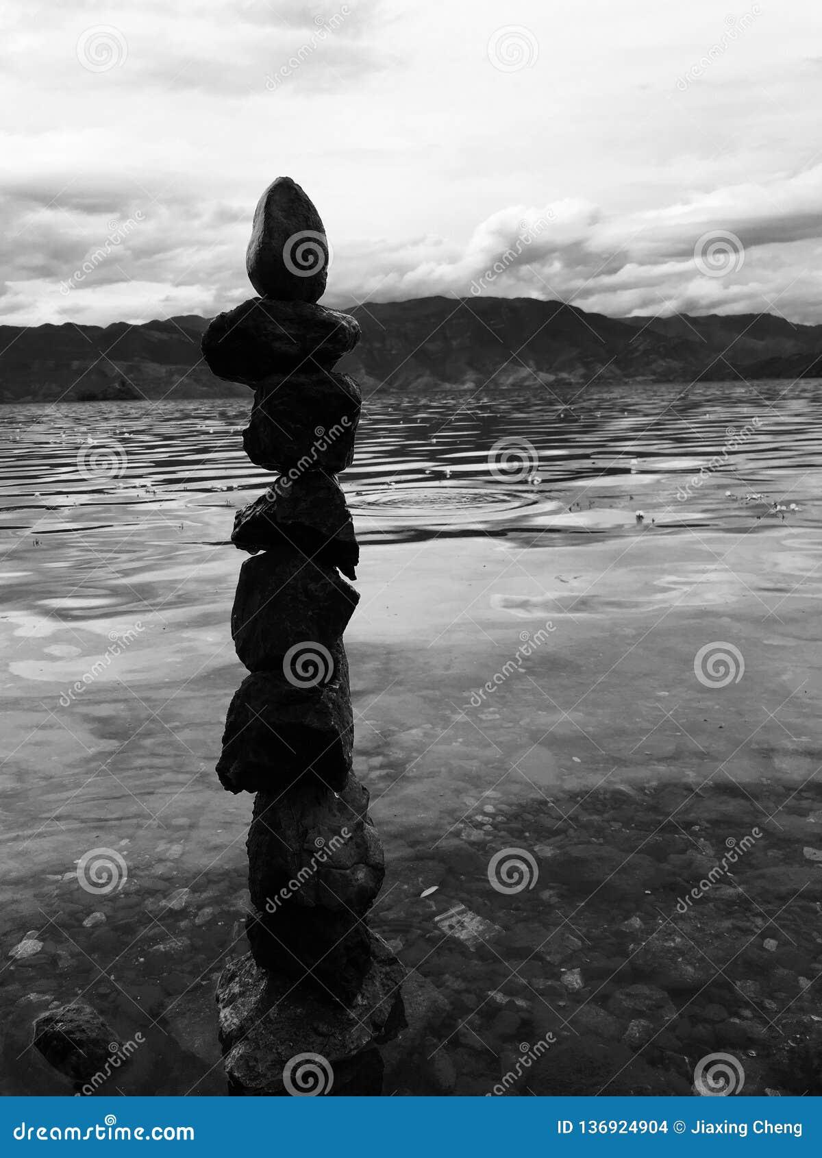 Ein Stein, ein Herz, ein Mann