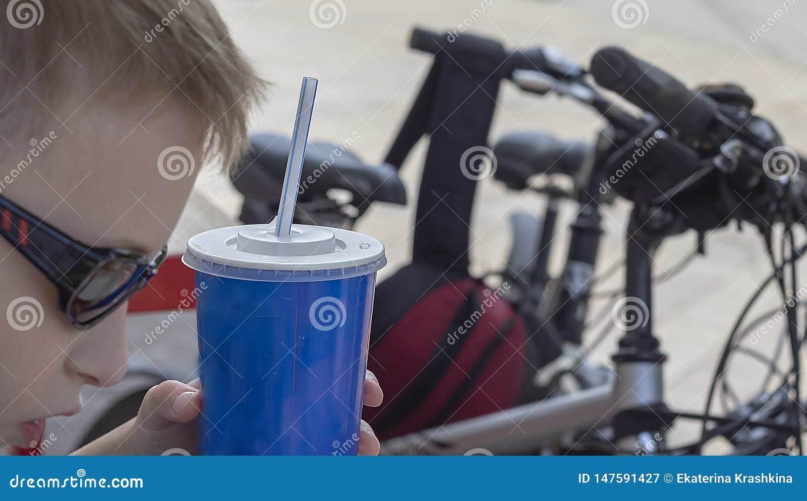 Einde voor een snack op een fietsrit rond de stad