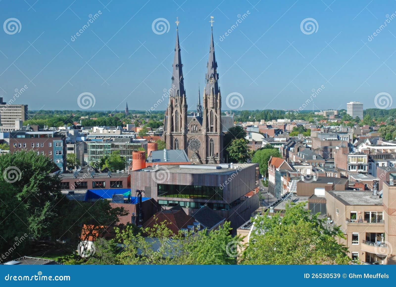 Eindhoven i stadens centrum - Nederländerna - sikt från höjd
