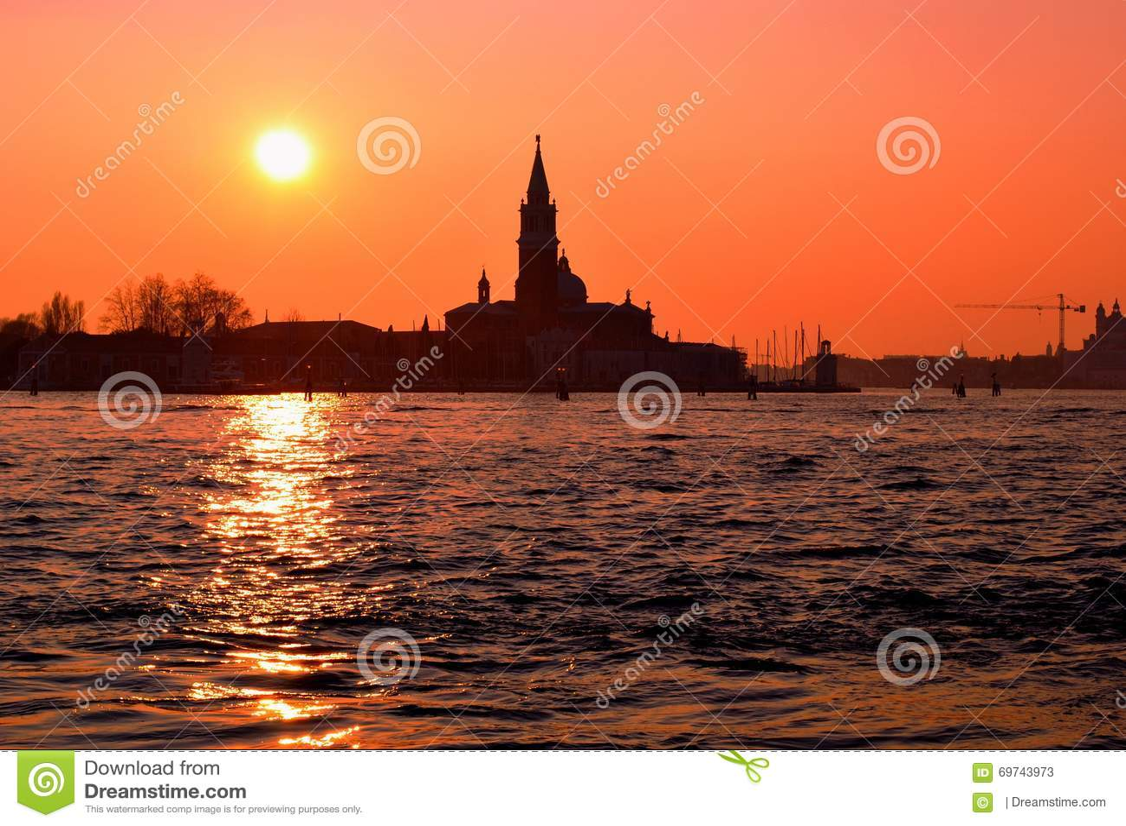 Eine Ansicht am Italiener Venedig im Sonnenuntergang