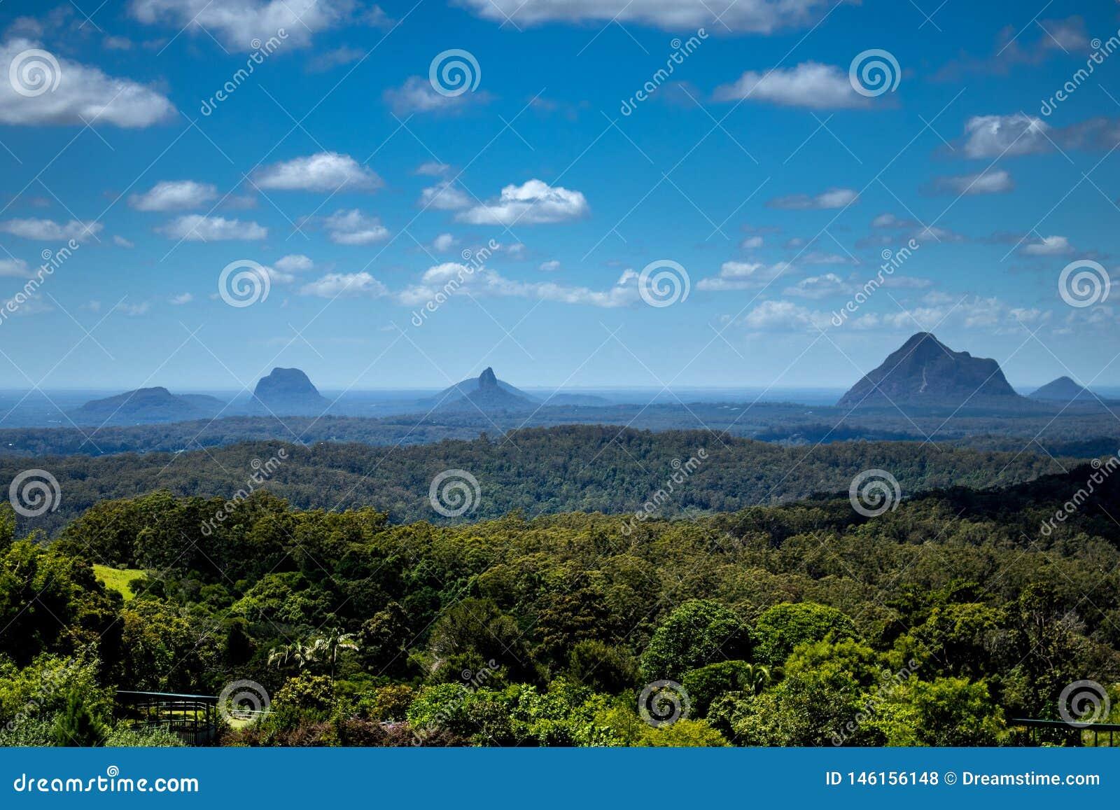Eine Ansicht von Mt tambourine
