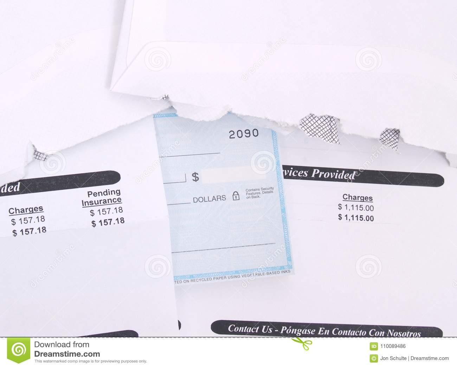 Eine Arztrechnung und ein Scheckbuch