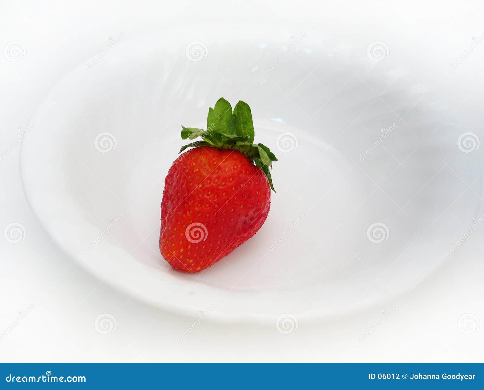 Eine einzelne Erdbeere