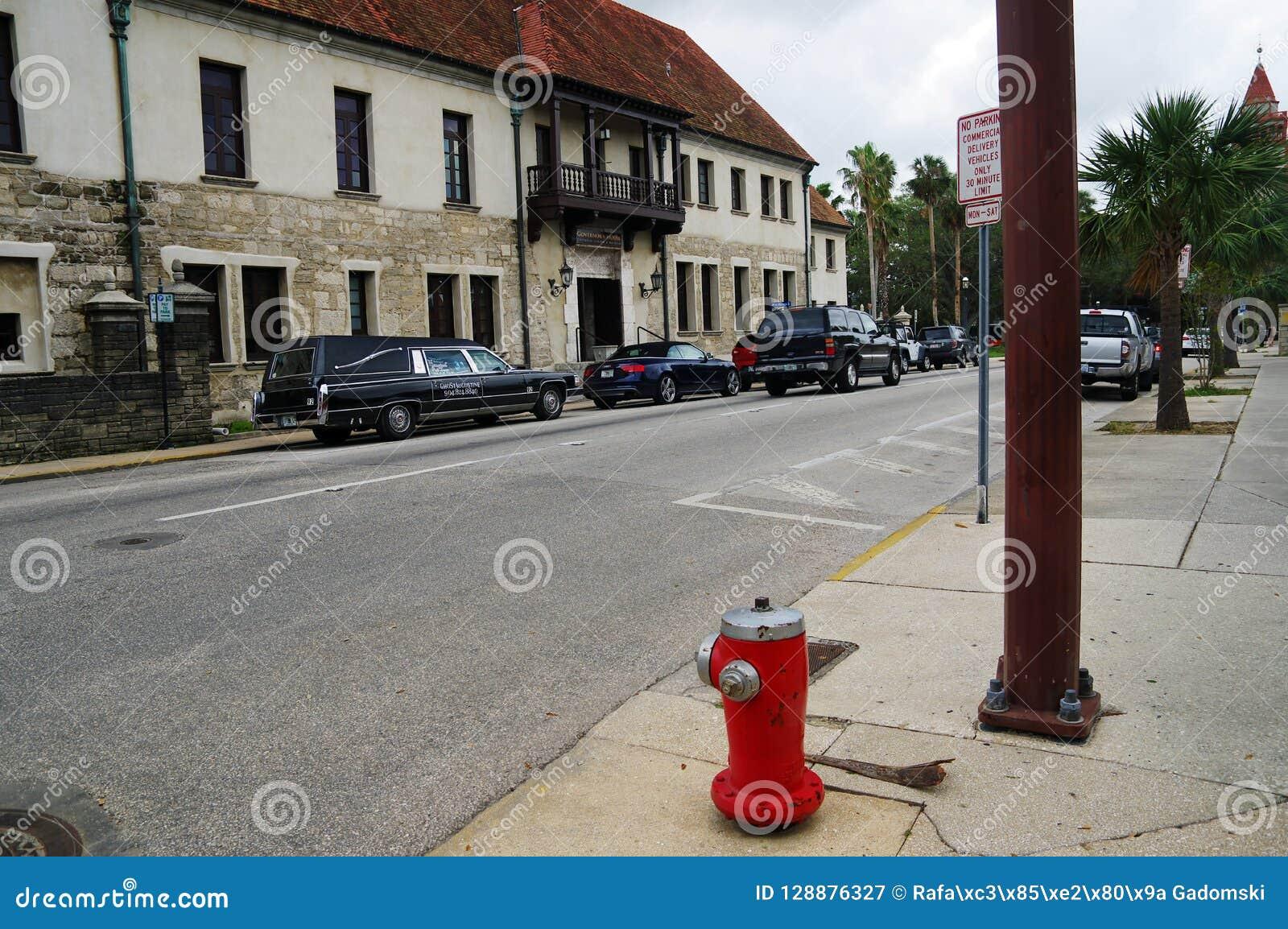 Eine Hauptstraße in der Mitte von St Augustine 23,2017 im Oktober Florida-Staat USA