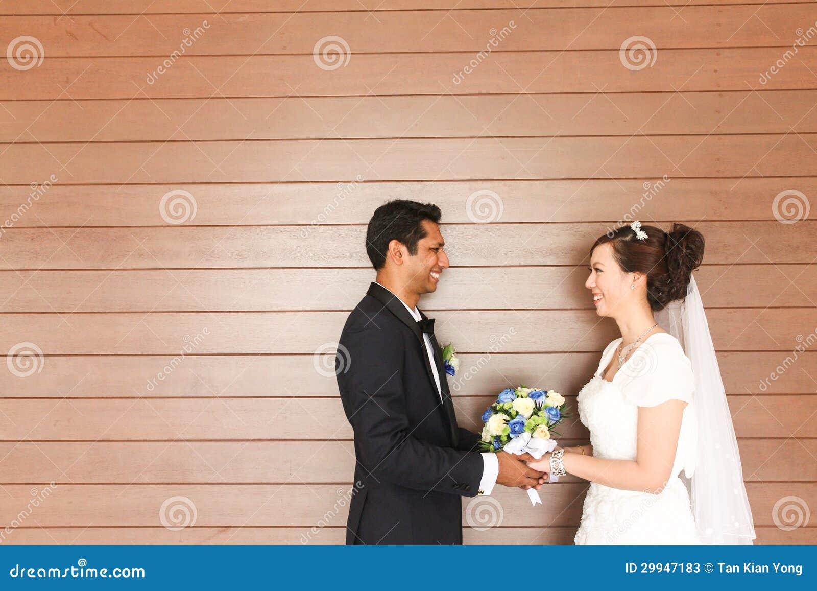 Zwischen verschiedenen Rassen Hochzeit - Reihe 2