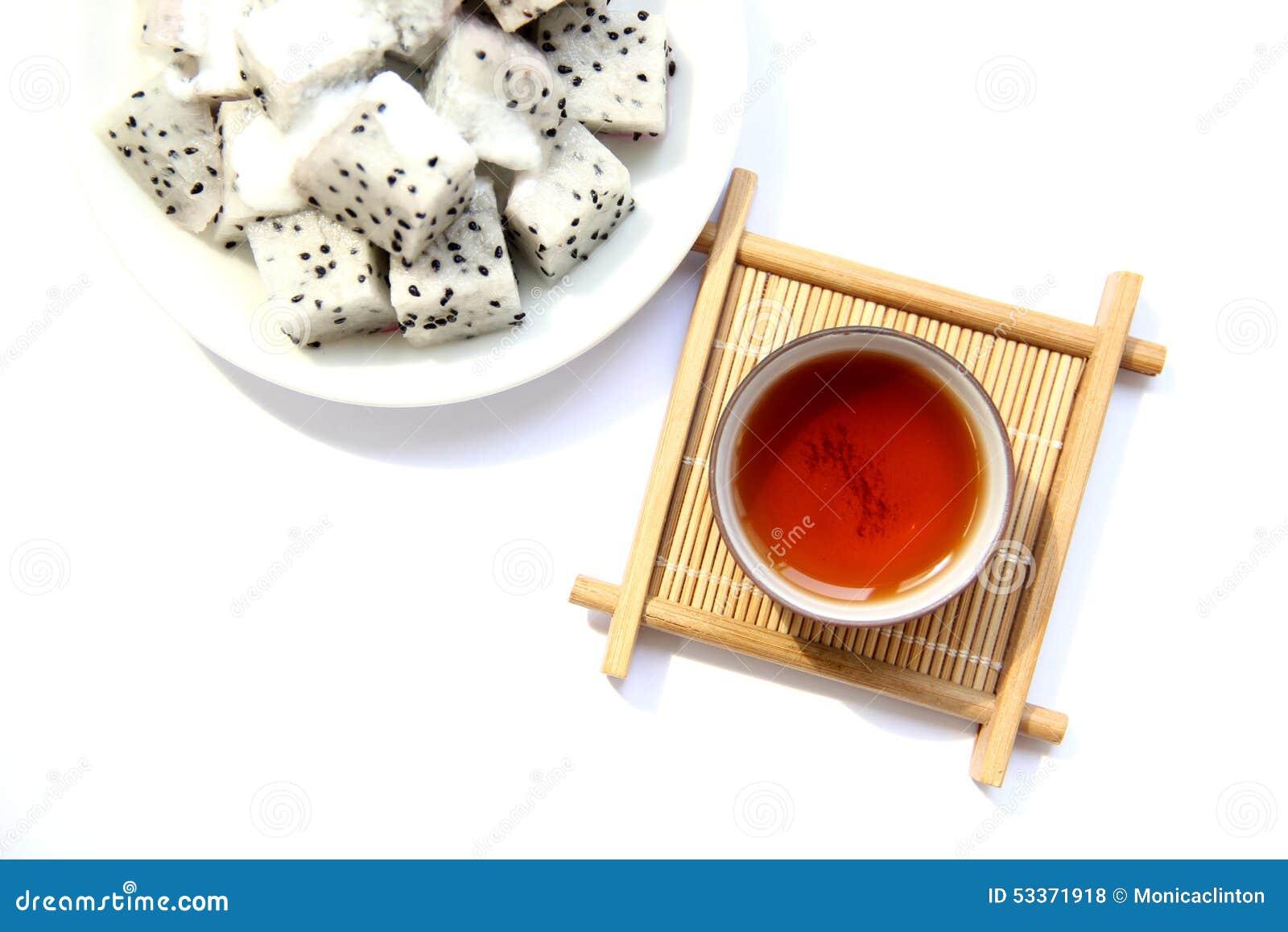 Eine Schale Schwarzer Tee Und Frucht Stockfoto Bild Von Frisch