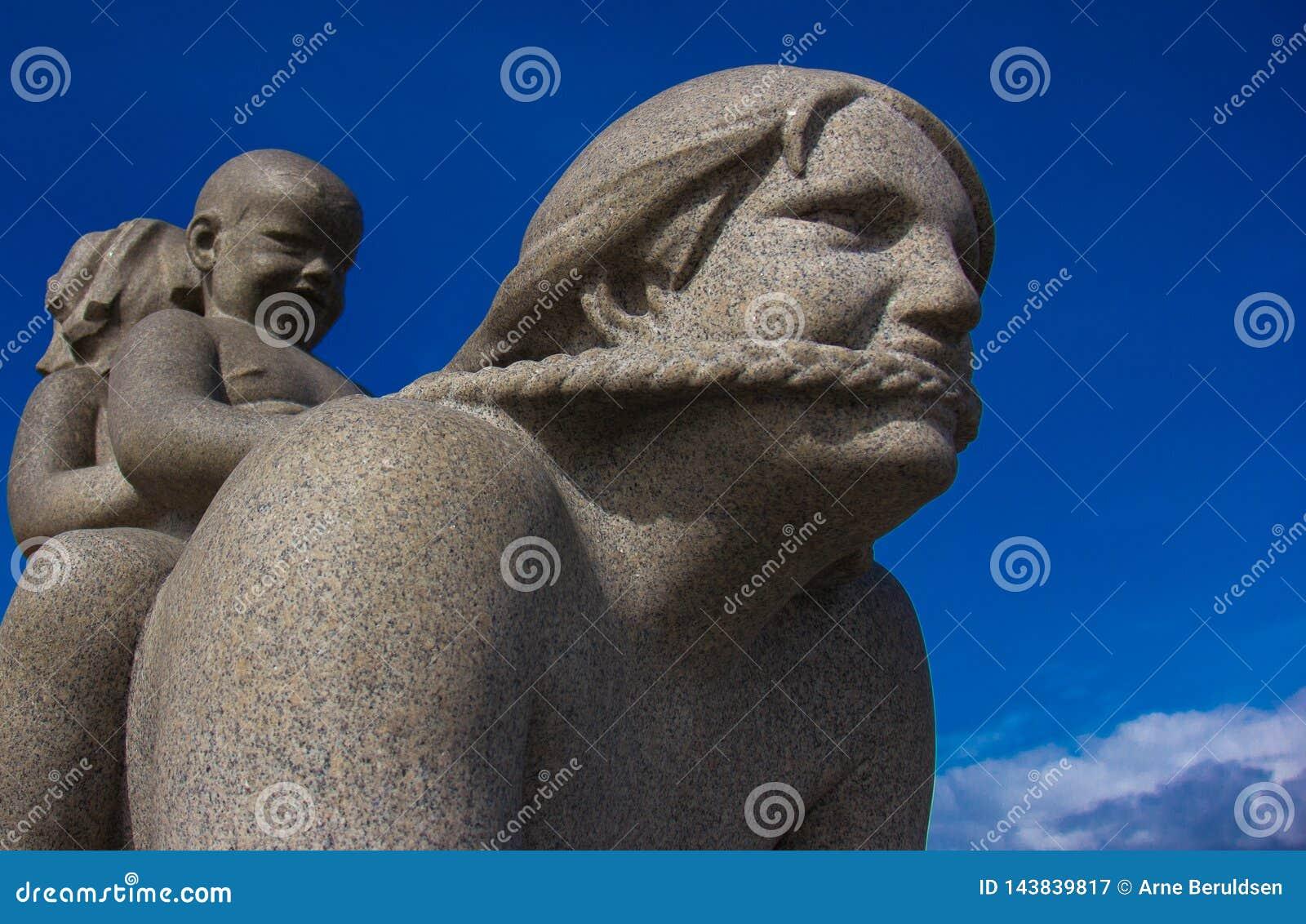 Eine Skulptur in Frogner-Park Oslo