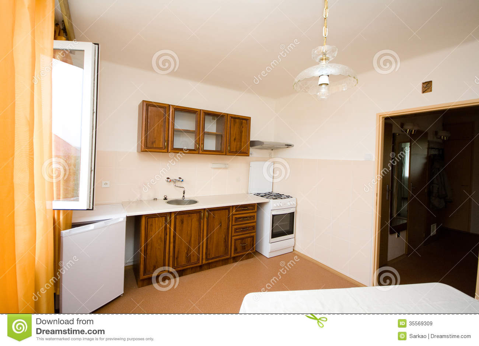 Einfache Küche stockbild. Bild von innen, bassin, weiß - 35569309