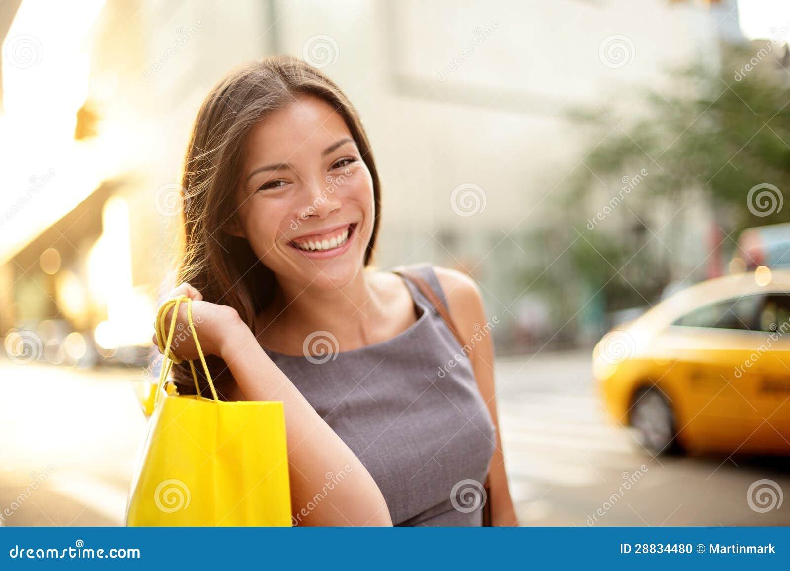 Einkaufsgeschäftsfrau in New York City