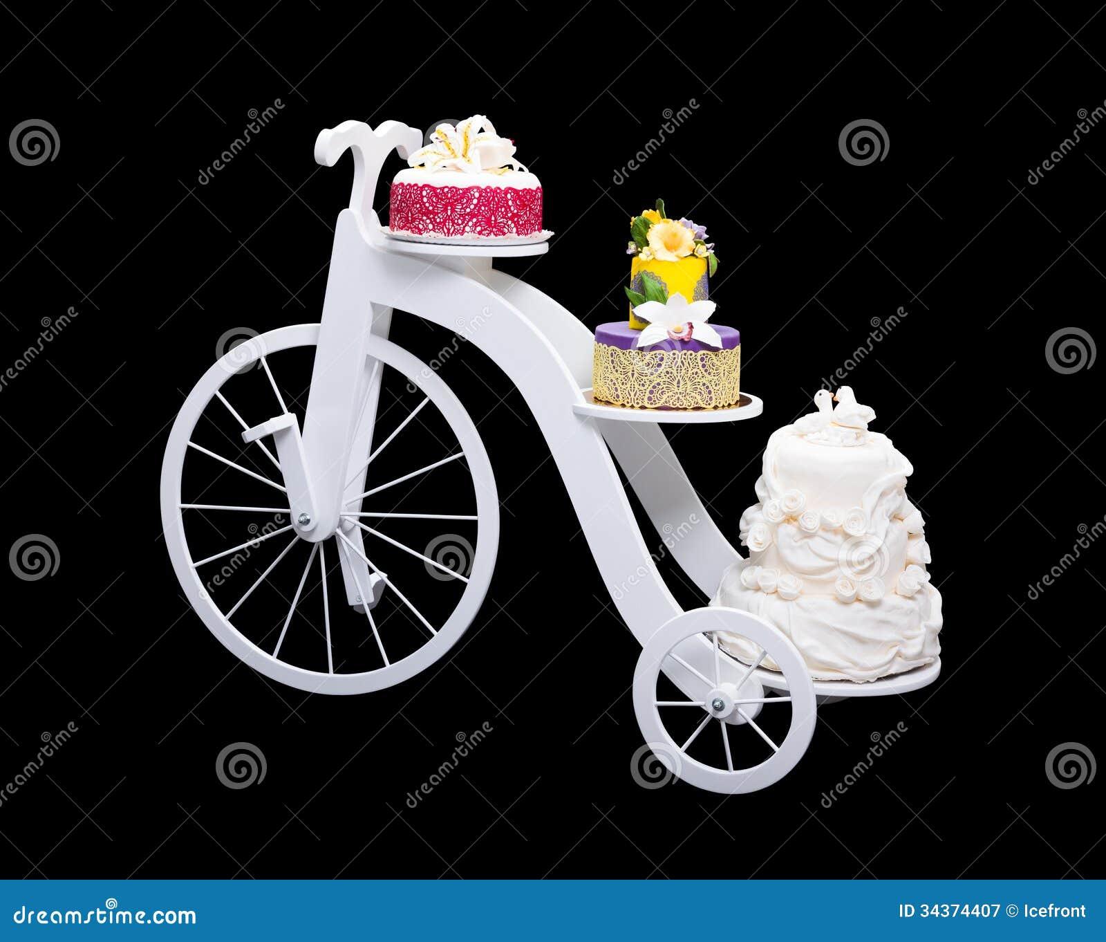 Einzigartiger Fahrradkuchenstand Mit Drei Kuchen Stockbild Bild