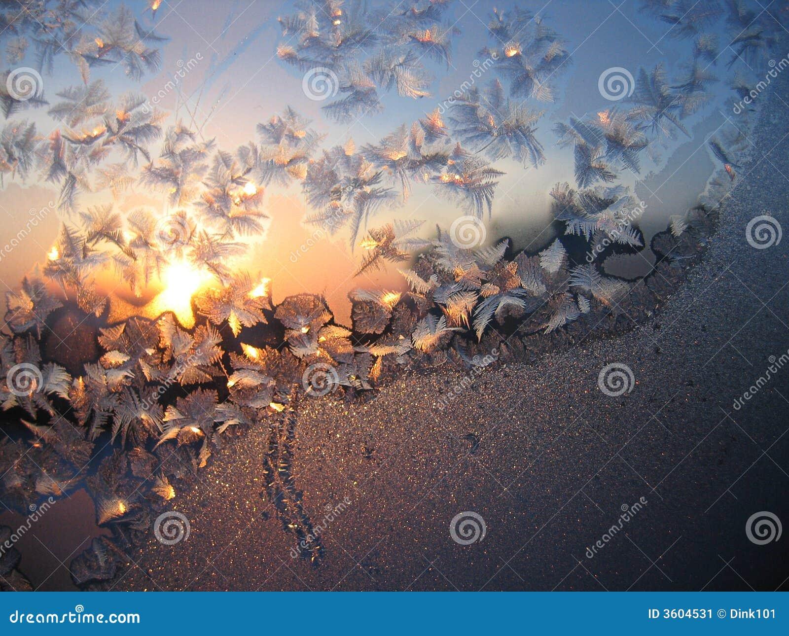 Eisiges natürliches Muster und Sonne