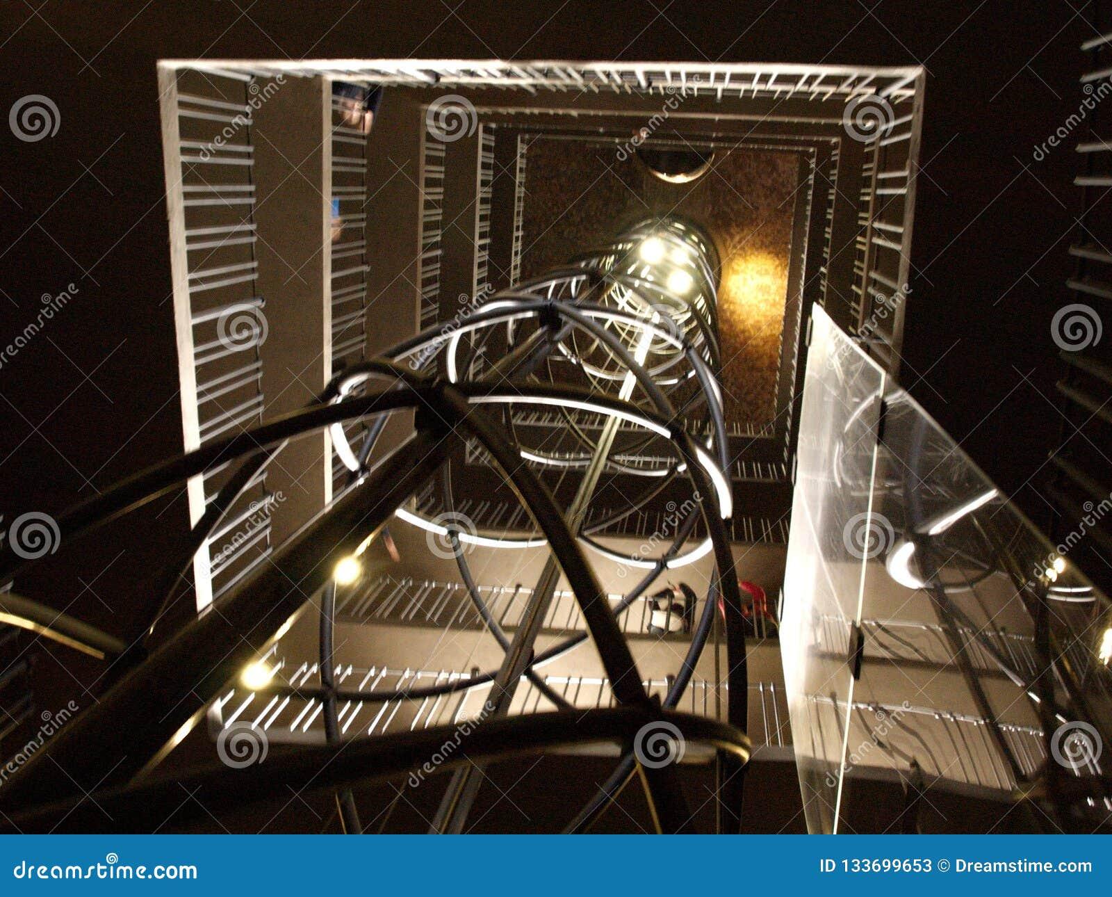 Eje de elevador para salir la ciudad vieja Hall Tower