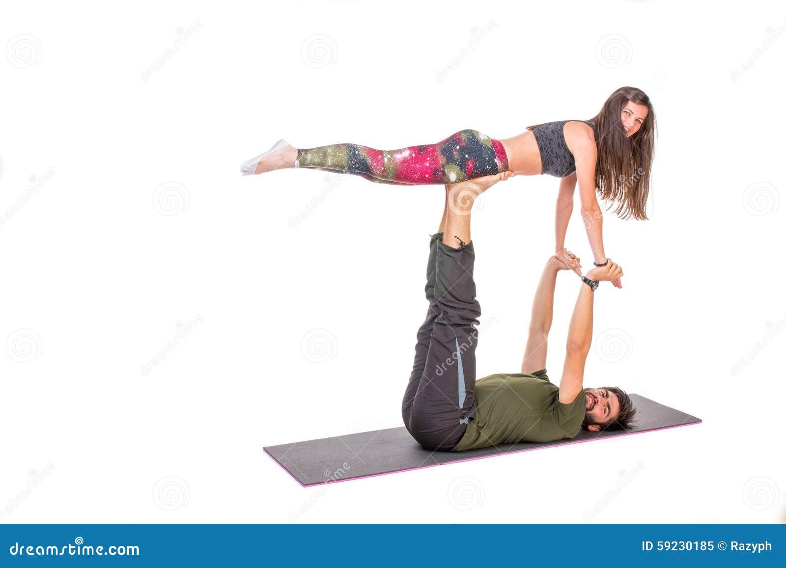 Download Ejecución De La Yoga De Acro Imagen de archivo - Imagen de entrenamiento, sentada: 59230185