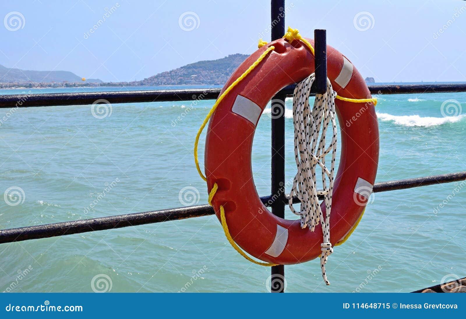 Ejecución del salvavidas en el gancho