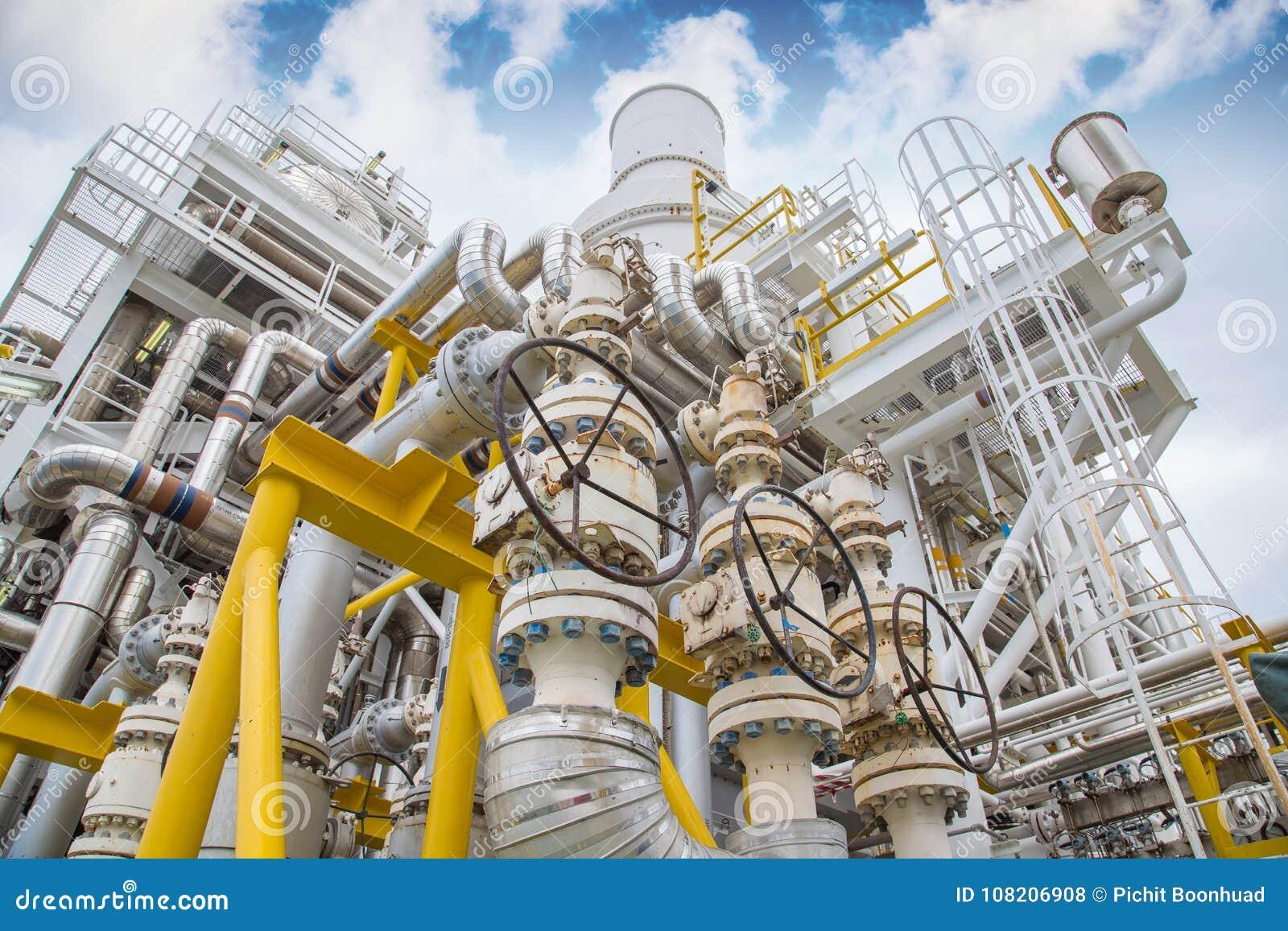Ejerza presión sobre la válvula de seguridad, la válvula de descarga en la succión y la descarga del compresor de la turbina de g