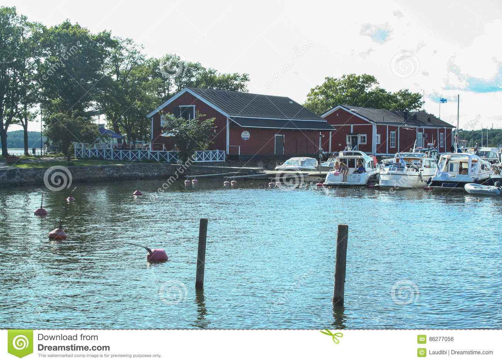 Ekenas liten hamn i Finland