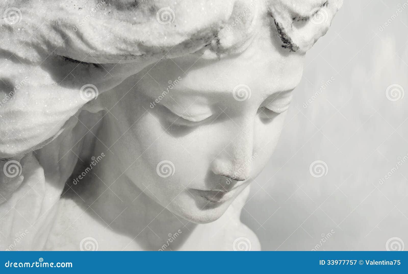 Ekspresyjny anioł
