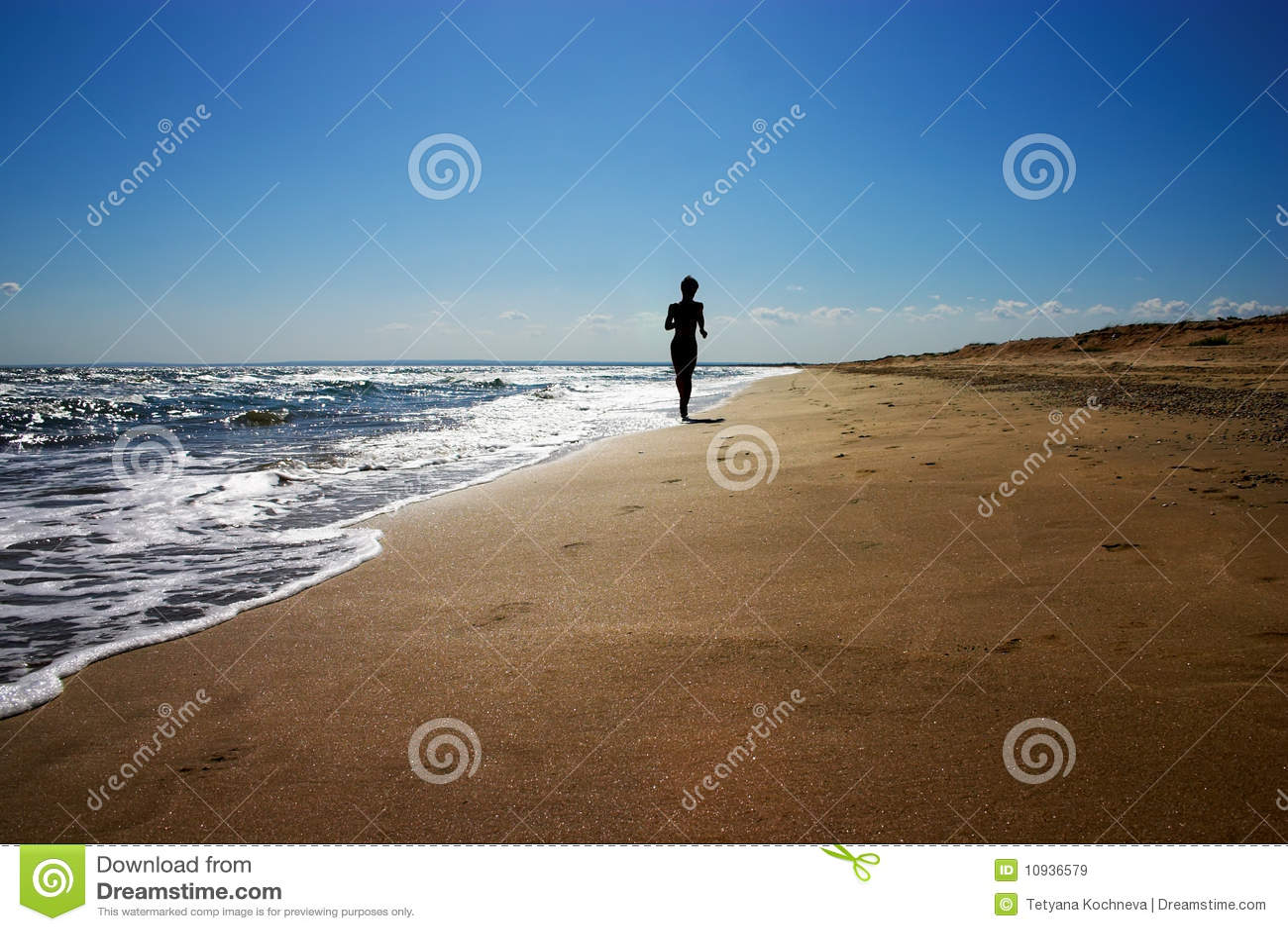 El activar en la playa