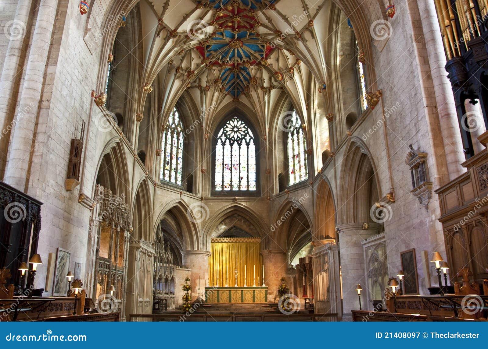 El altar en la abadía tewkesbury
