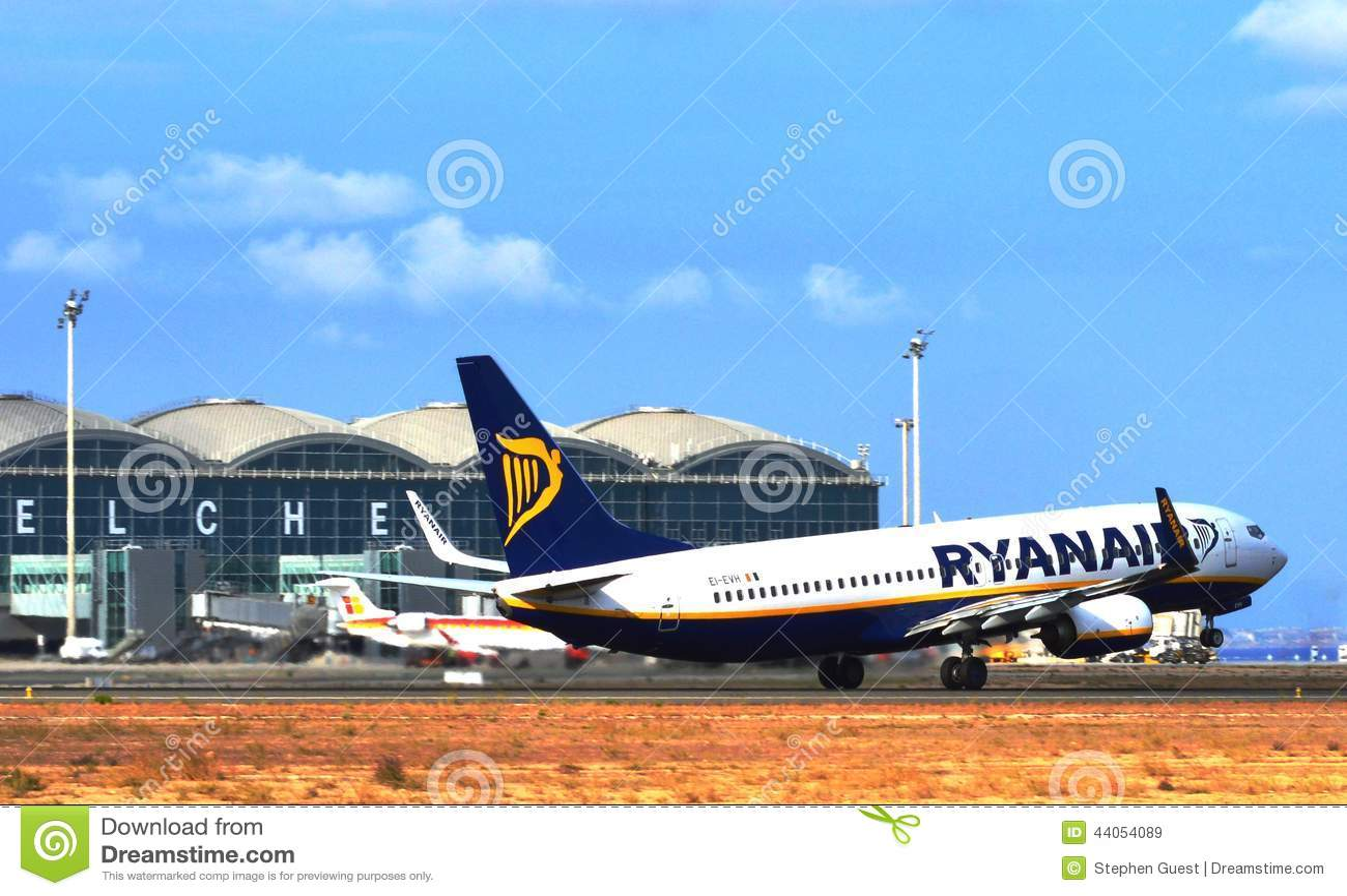 flight alicante benidorm: