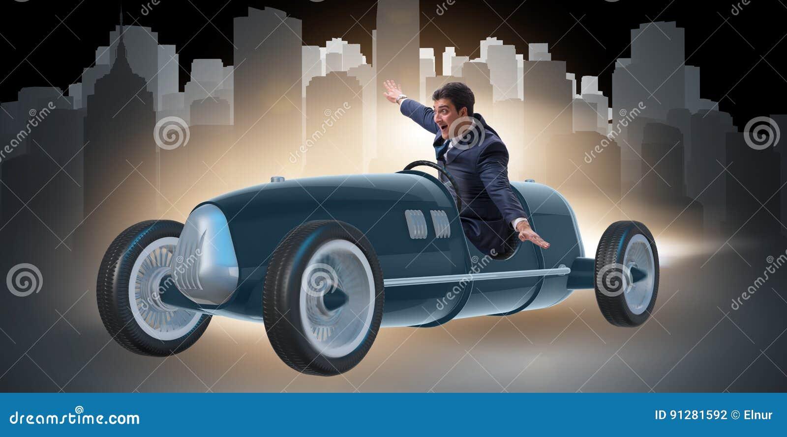 El automóvil descubierto del vintage del montar a caballo del hombre de negocios en concepto de la motivación