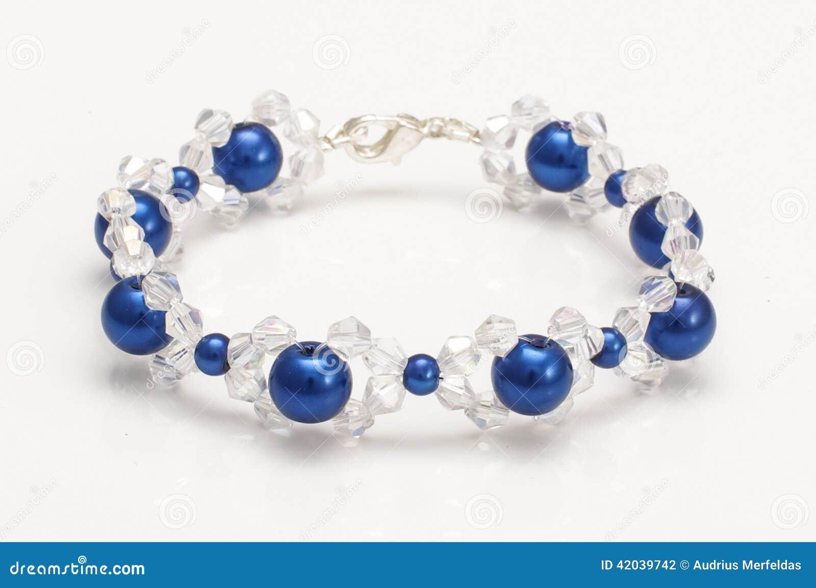 f3d3c99122a8 El Azul Burbujea Pulsera Con Los Cristales Swarovski Foto de archivo ...