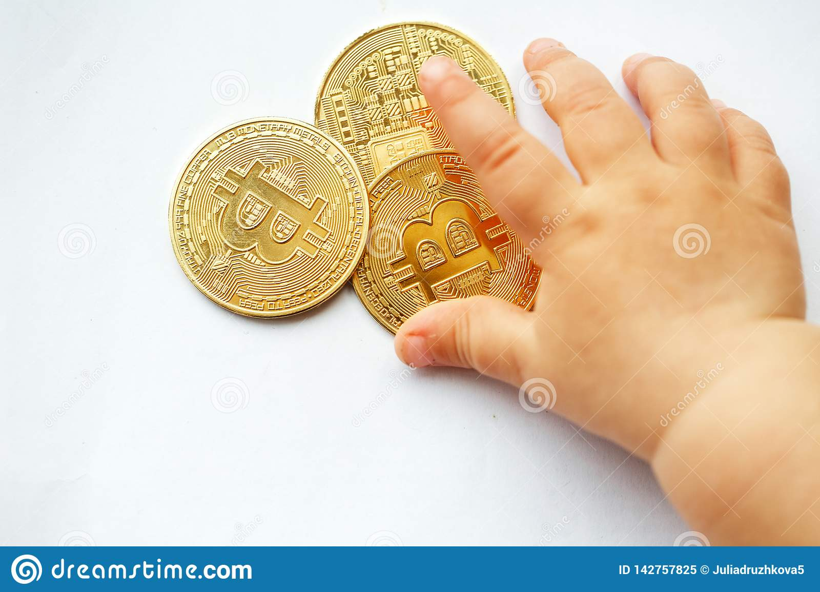 Primer bebe bitcoins what is a spread betting