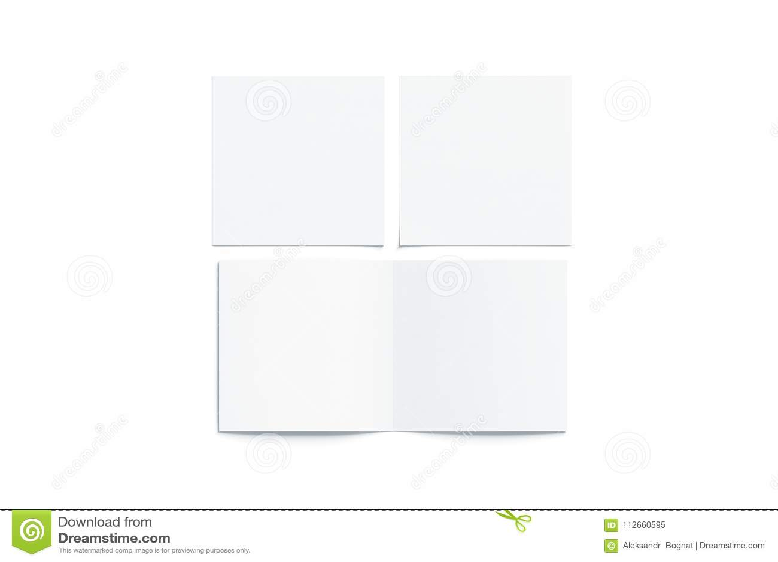 El blanco en blanco dos plegó mofa cuadrada del folleto, abierto cerrado