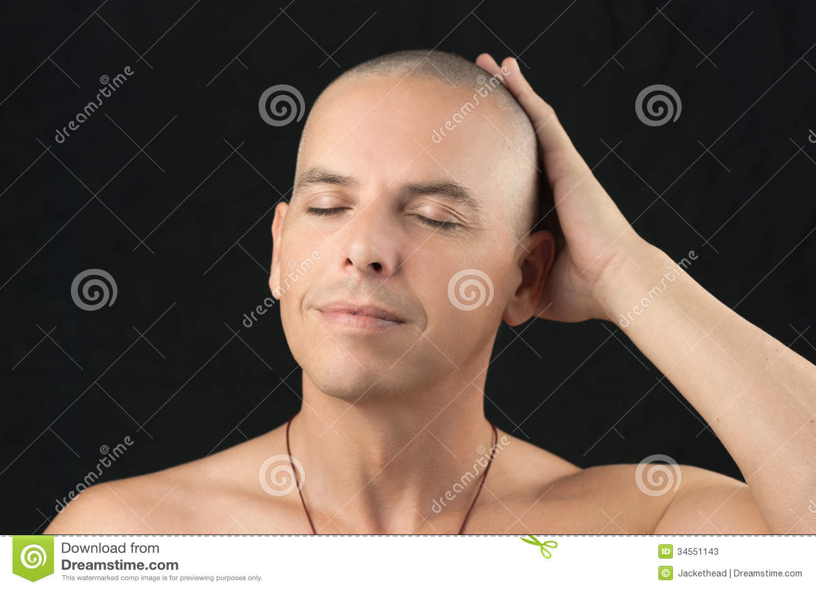 Cabeza de familia su imagen afeitada