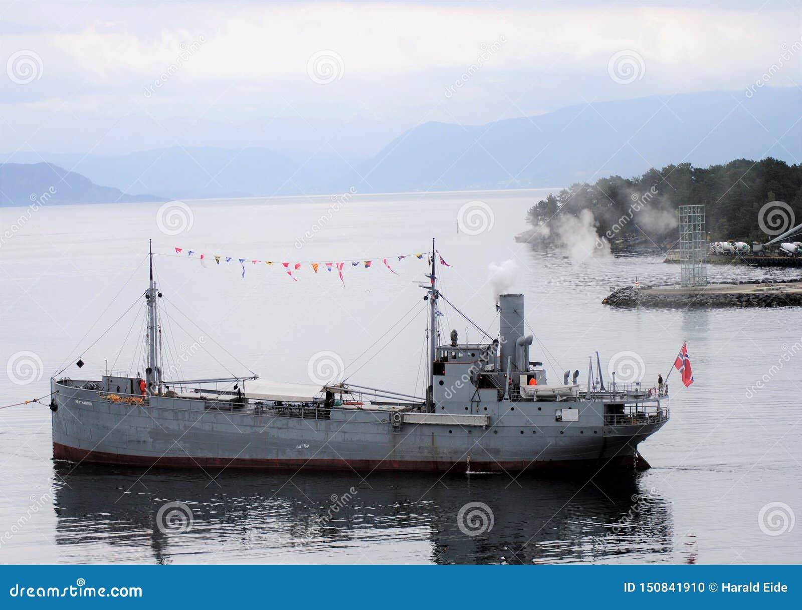 El buque de la carga más viejo de Noruega; la nave 'Hestmanden 'del vapor