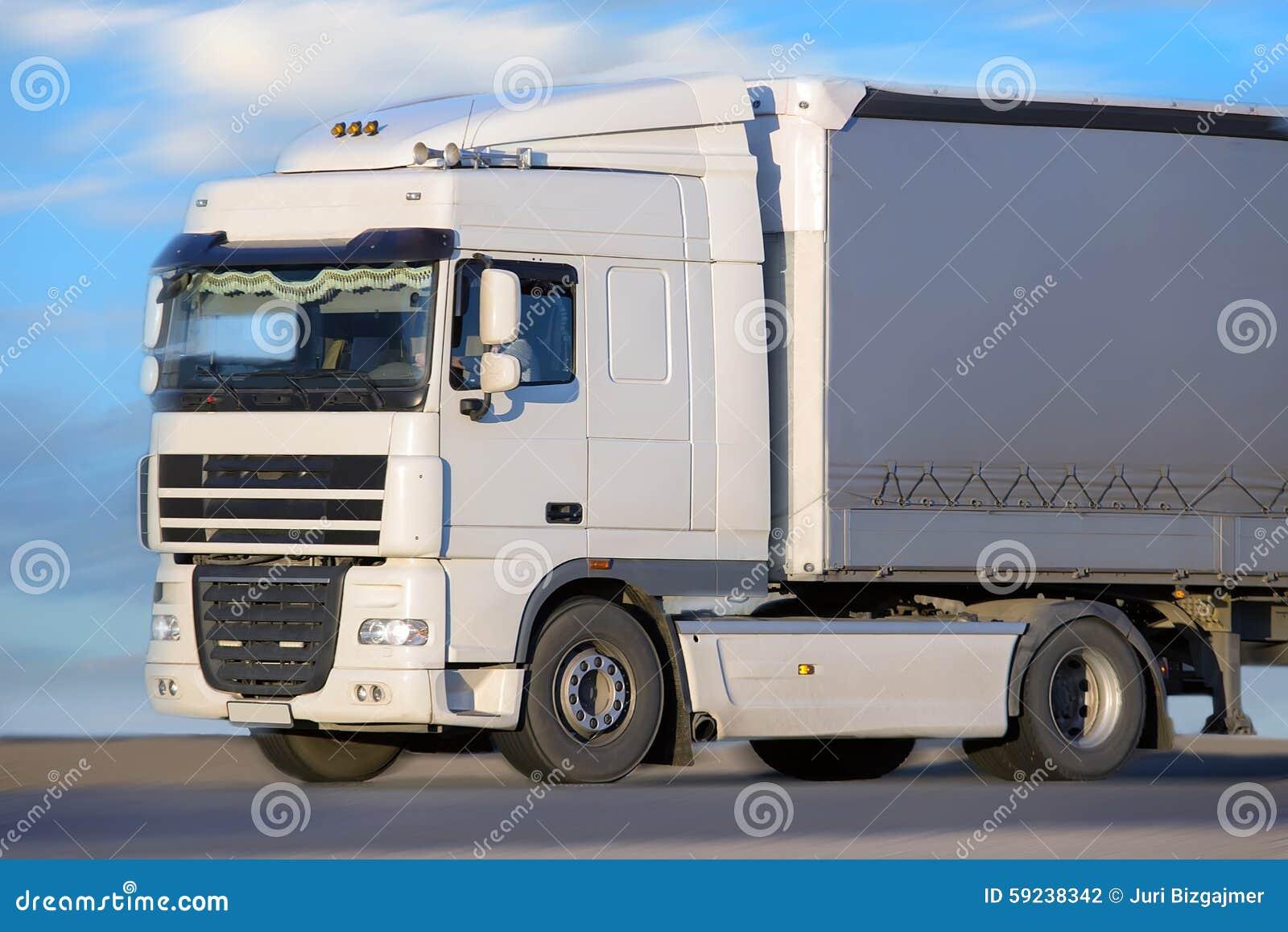 Download El Camión Va En La Carretera Foto de archivo - Imagen de línea, movimiento: 59238342