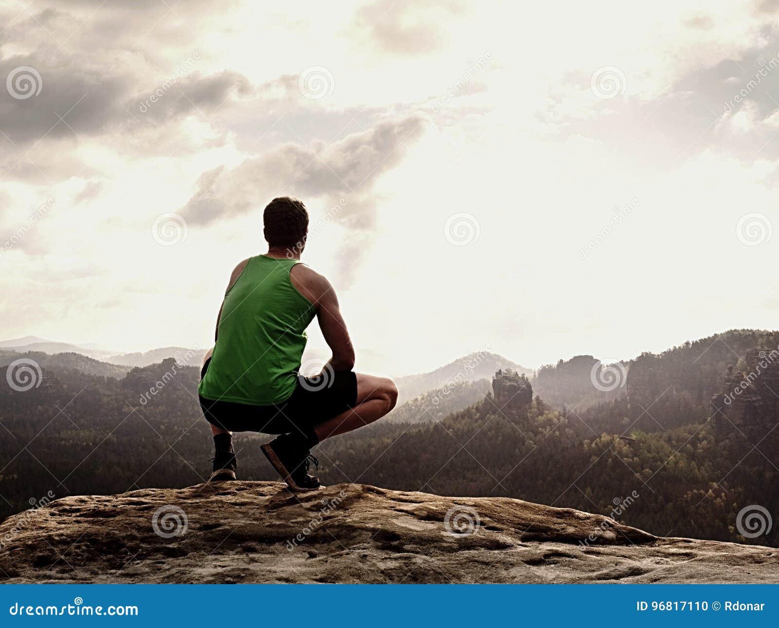 La Pantalones Camiseta Adulto Caminante Verde Negros Cortos Y En El Z0UnOqTw